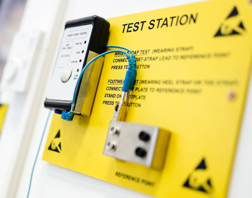 Quaser-strumentazione-test-controllo